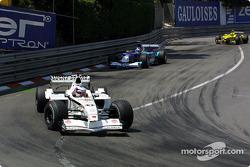 Olivier Panis, BAR 003; Kimi Räikkönen, Sauber C20; Heinz-Harald Frentzen, Jordan EJ11