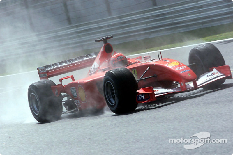 Michael Schumacher en la lluvia