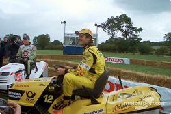 Honda lawnmower race: Jarno Trulli and Olivier Panis