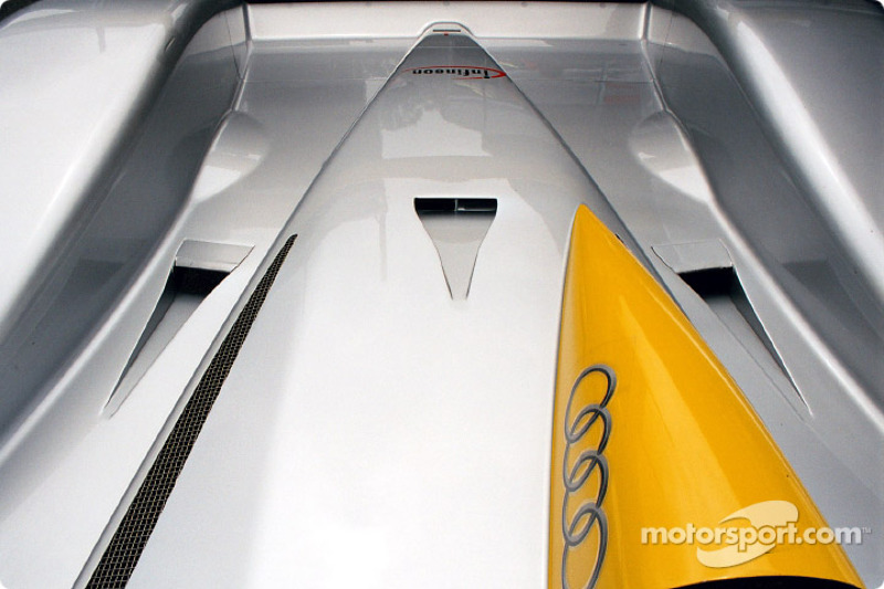 Audi rear deck