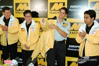 Alex Yoong F1 tanıtımı