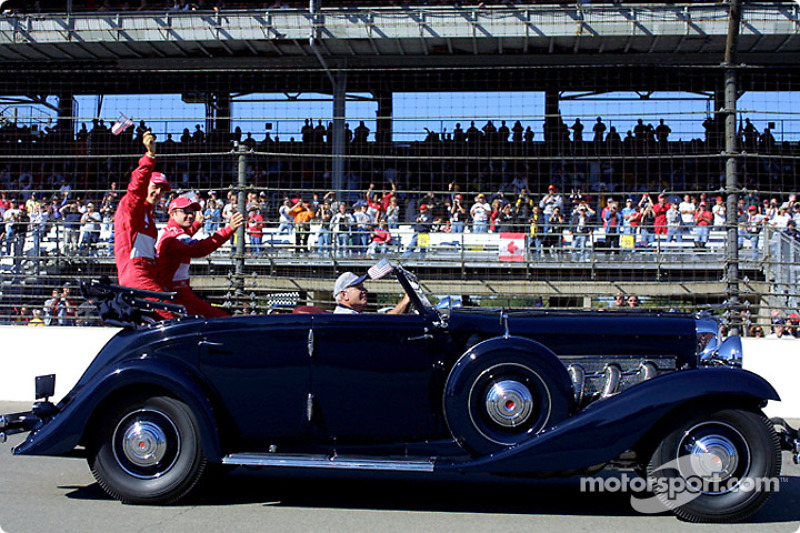 Drivers parade: Michael Schumacher and Rubens Barrichello
