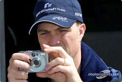Ralf practicing to be a Motorsport.com photographer