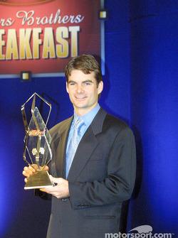 Jeff Gordon y el Premio Bud de la Pole en el Banquete de Premios de la NASCAR Winston Cup