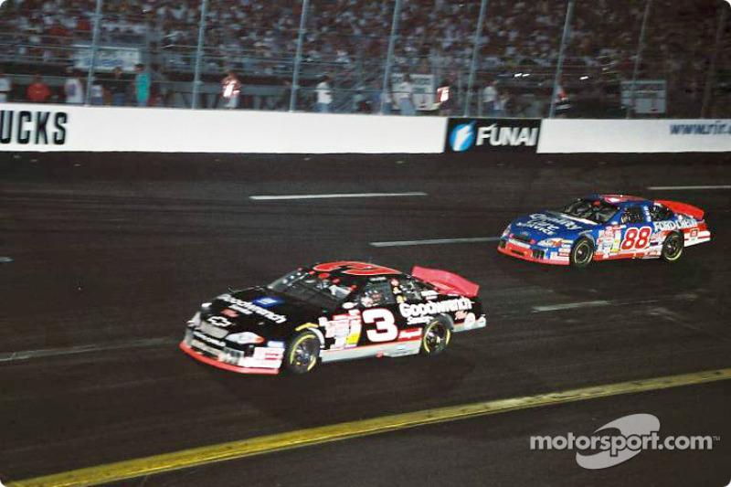 Dale Earnhardt y Dale Jarrett