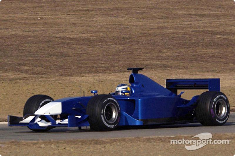Nick Heidfeld testing the new Sauber Petronas C21