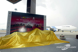 The new Minardi Asiatech PS02 about to be unveiled on the airport runway