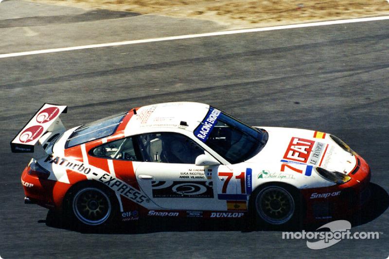 Local hero Ni Amorim drove this GT Porsche