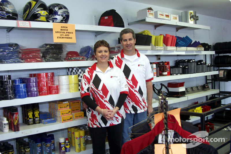 Robinson Speed Shop: Robinson Speed Shop owners Becky and Ronnie Robinson