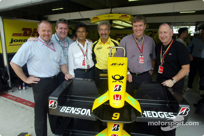 Eddie Jordan with his guests