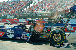 Doug Kalitta going against Darrell Russell