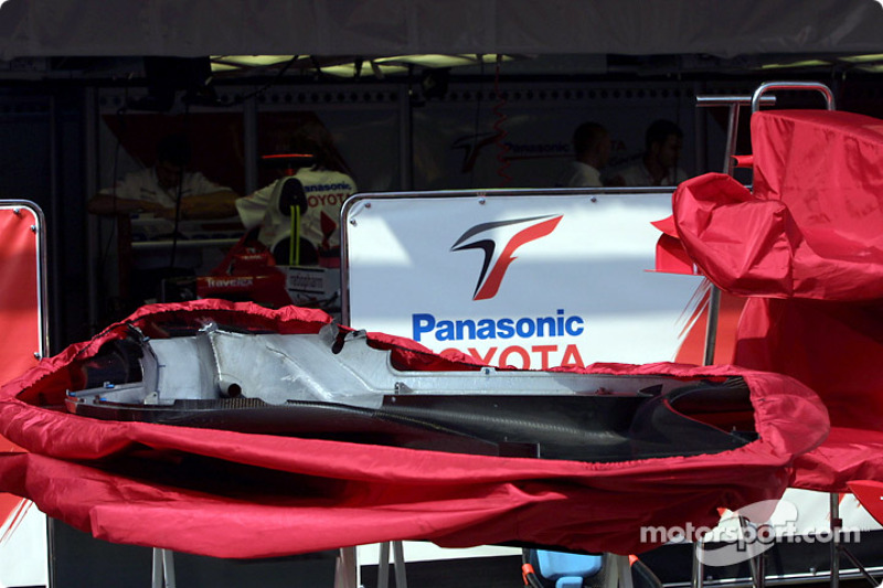 Team Toyota garage area