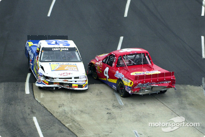 Brian Rose and Ken Schrader pass like two ships
