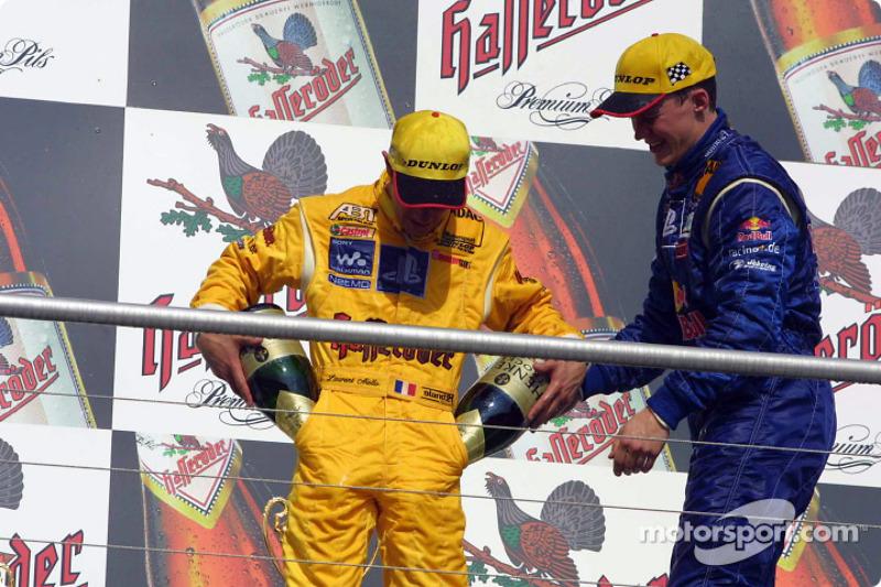 Esa no es la forma de tomar champaña, Laurent