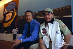 El artista británico Julian Opie junta el arte con las carreras de Fórmula 1: Julian Opie y Jacques