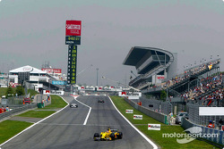 Front stretch at Circuit de Catalunya