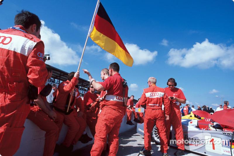 Team Audi North America on the grid