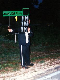 Alex Job avec les mêmes panneux qu'aà Daytona, Sebring et Le Mans