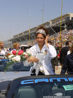 La reine du festival Lauren Crowner lors de l'Indy 500