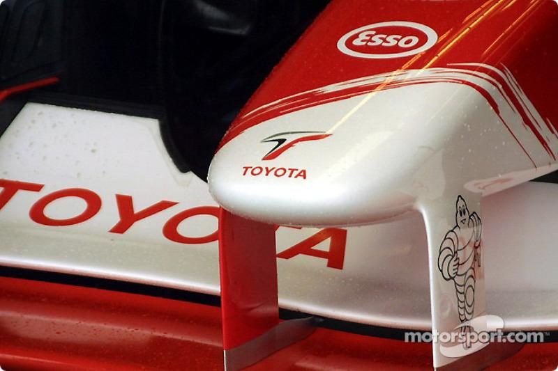 Punta de nariz de Toyota
