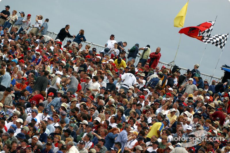 Full house: Montreal fans before qualifying session