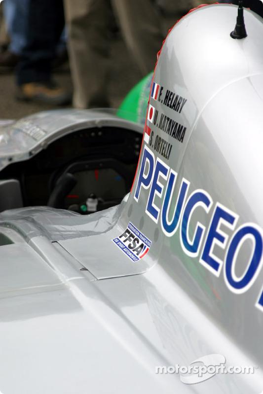 Courage-Peugeot C60 de Pescarolo Sport