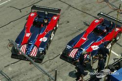 Panoz Motorsports pit area