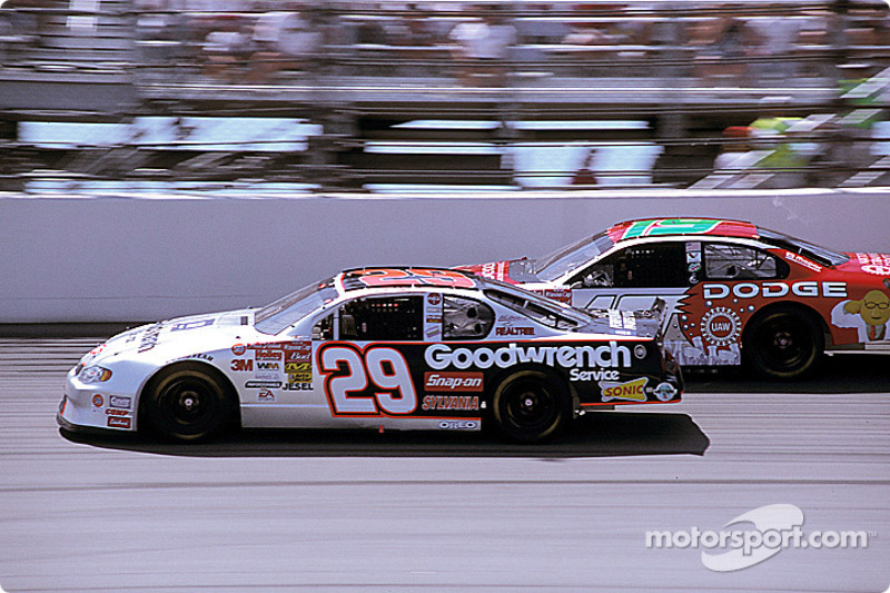 Kevin Harvick y Jeremy Mayfield