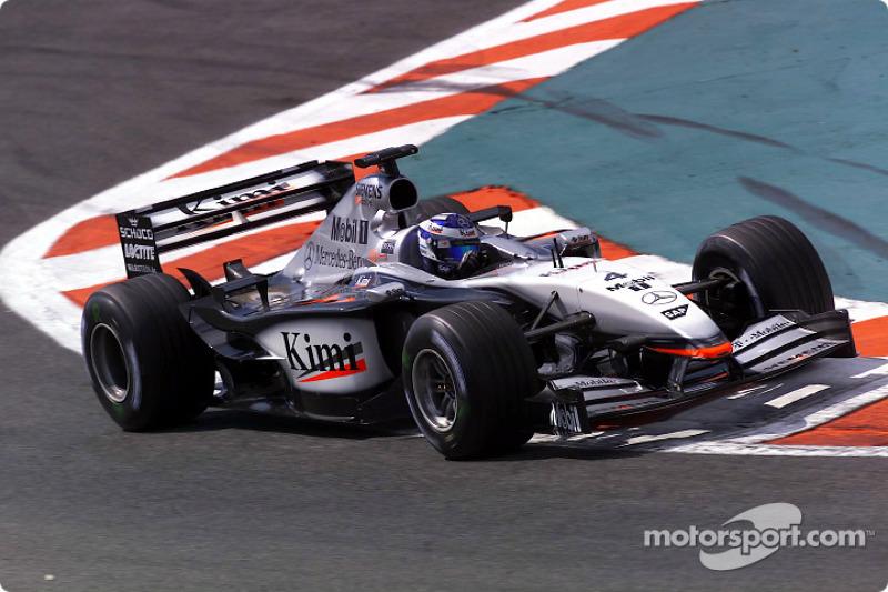 McLaren MP4-17, à moteur Mercedes (2002)