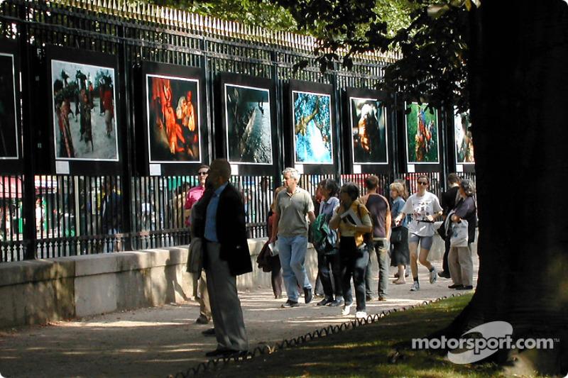 Exposición fotográfica en el Jardin du Luxembourg