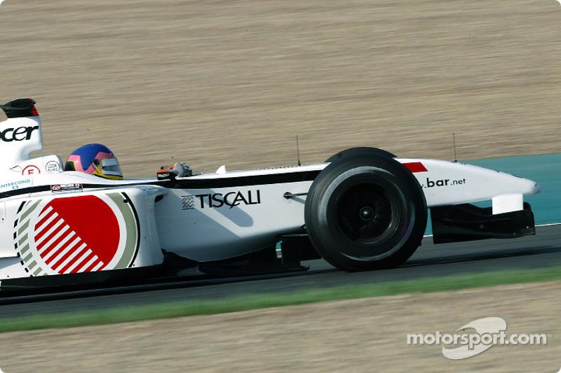 Jacques Villeneuve en el calentamiento matutino