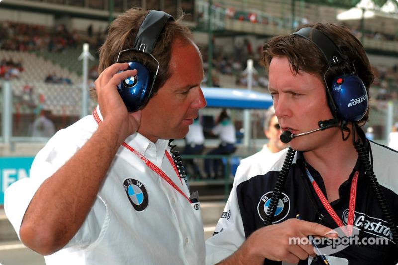 Gerhard Berger y Sam Michael