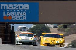 J3 Racing Porsche 911 GT3-RS and Corvette Racing Chevrolet Corvette C5-R