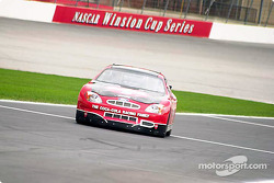 The Coca-Cola Racing Family promotion: Kurt Busch back in the pits