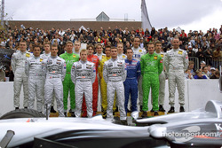 Family picture for the Mercedes drivers