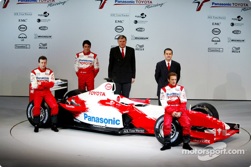 Olivier Panis, test driver Ricardo Zonta and Cristiano da Matta