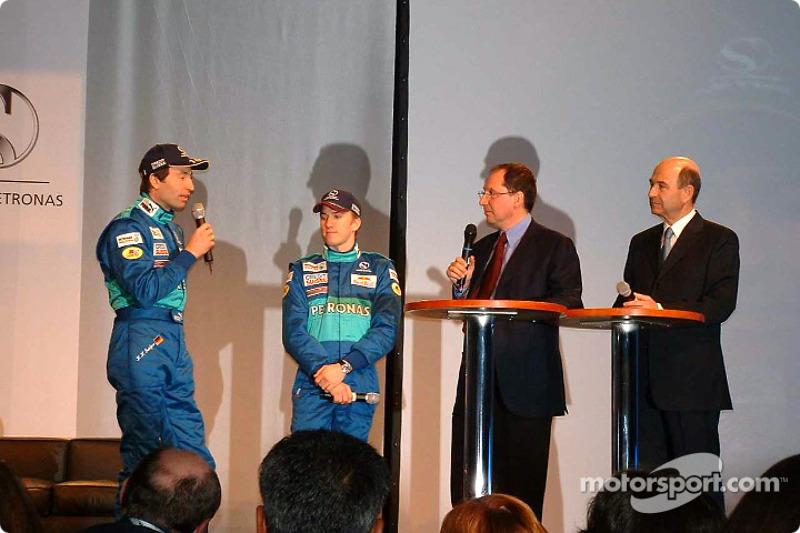 Heinz-Harald Frentzen, Nick Heidfeld and Peter Sauber on stage