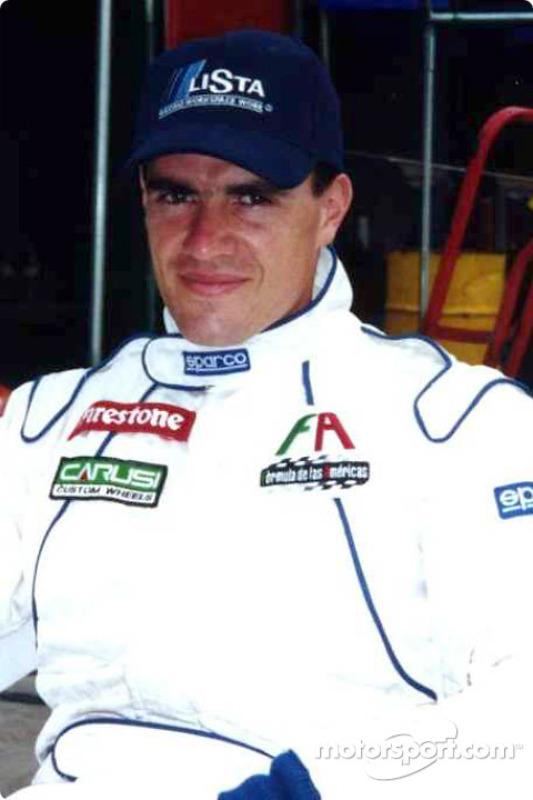 Carlos Velez