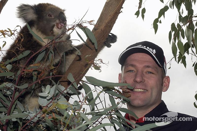 A happy koala and a happy Jos