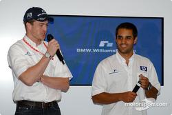 Ralf Schumacher y Juan Pablo Montoya en la presentación de NiQuitinCQ