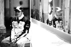 British artist Julian Opie brings together Art and Formula 1 racing: Jacques Villeneuve