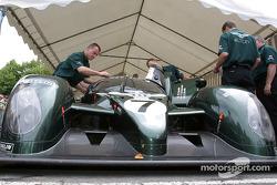 #7 Team Bentley Bentley Speed 8 at stage 3