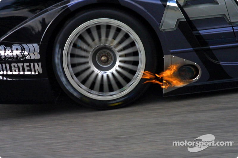 Flame on the AMG-Mercedes