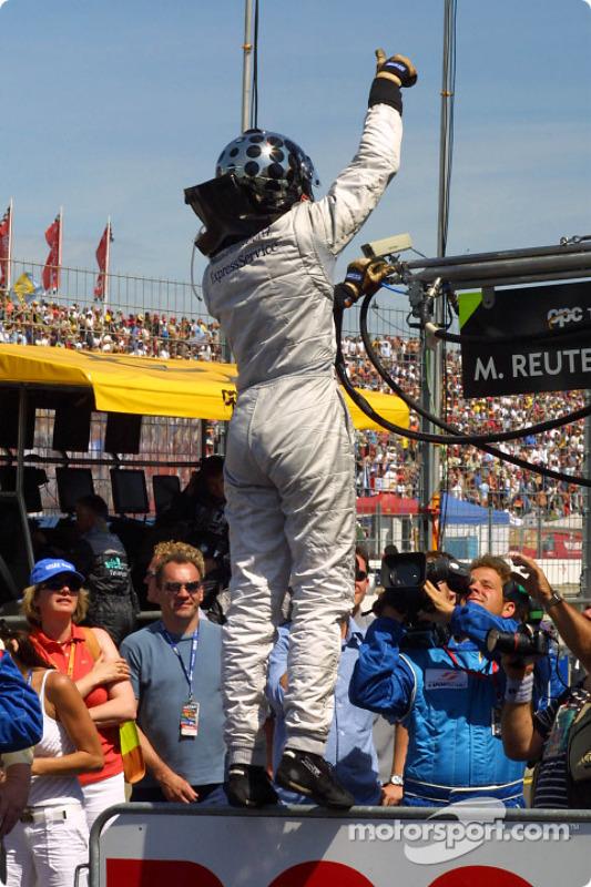 Race winner Christijan Albers