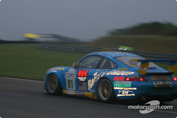 #81 The Racers Group Porsche 911 GT3: Kevin Buckler, Timo Bernhard, Jorg Bergmeister