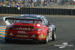 #77 Team Taisan Advan Porsche 911 GT3-RS: Atsushi Yogo, Akira Iida, Kazuyuki Nishizawa
