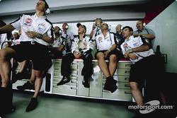 Jacques Villeneuve with BAR team members