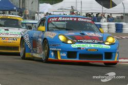 la Porsche GT3 RS n°68 de l'équipe The Racers Group pilotée par Chris Gleason, Marc Bunting