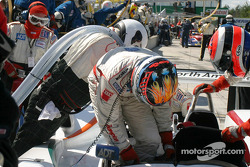 Pitstop for #38 Champion Racing Audi R8: J.J. Lehto, Johnny Herbert