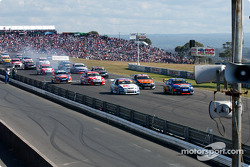 The start of the Oran Park 300